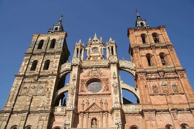 astorga katedrála ve španělsku.jpg